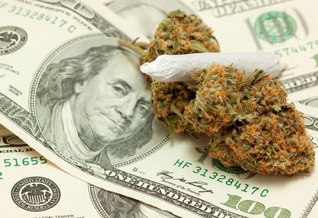 kanadyjska firma chce placic za palenie marihuany